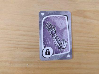 brazo bionico virus 2 evolution juego de cartas